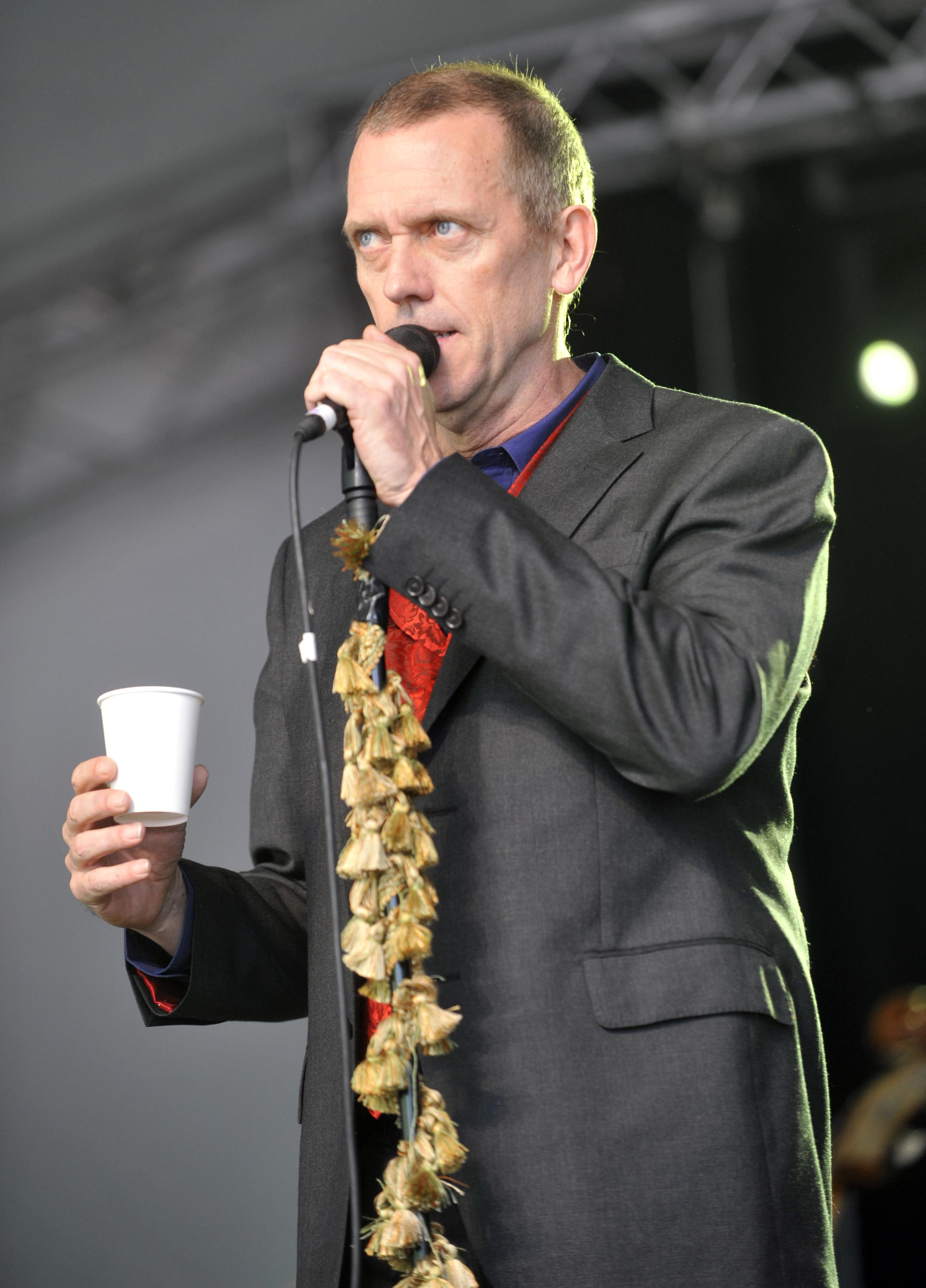 HUGH LAURIE ANNOUNCES MAY 6TH RELEASE OF NEW ALBUM 'DIDN'T ... Hugh Laurie 2012